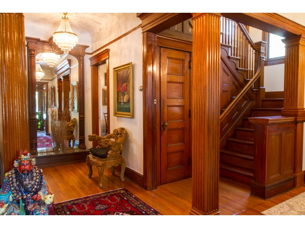 137 Washington AvenueKingston, New York 12401
