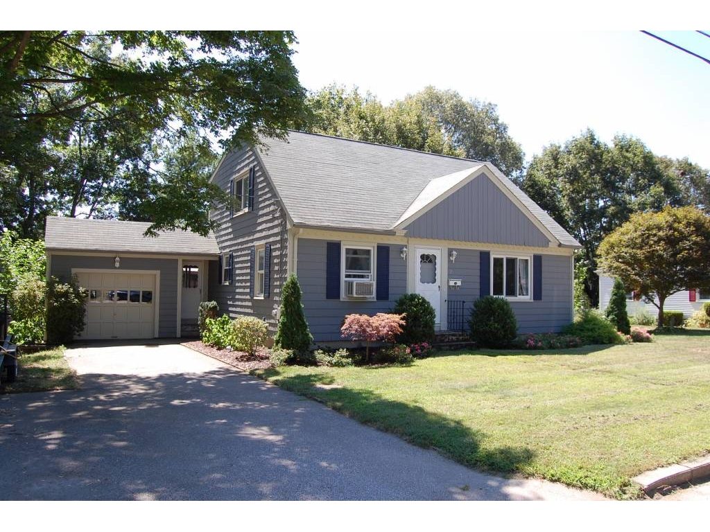 ForSaleByOwner (FSBO) home in Coventry, RI at ForSaleByOwnerBuyersGuide.com