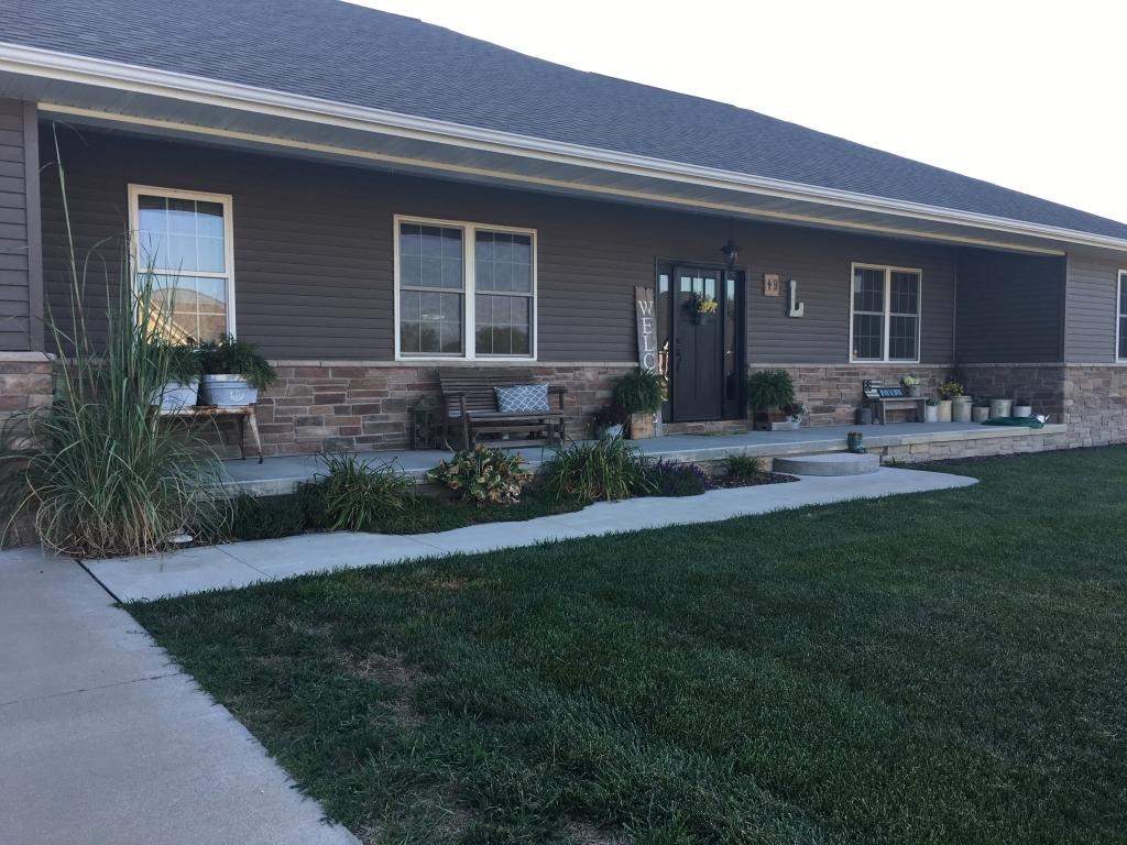 49 Bradford HillsSullivan, Illinois 61951