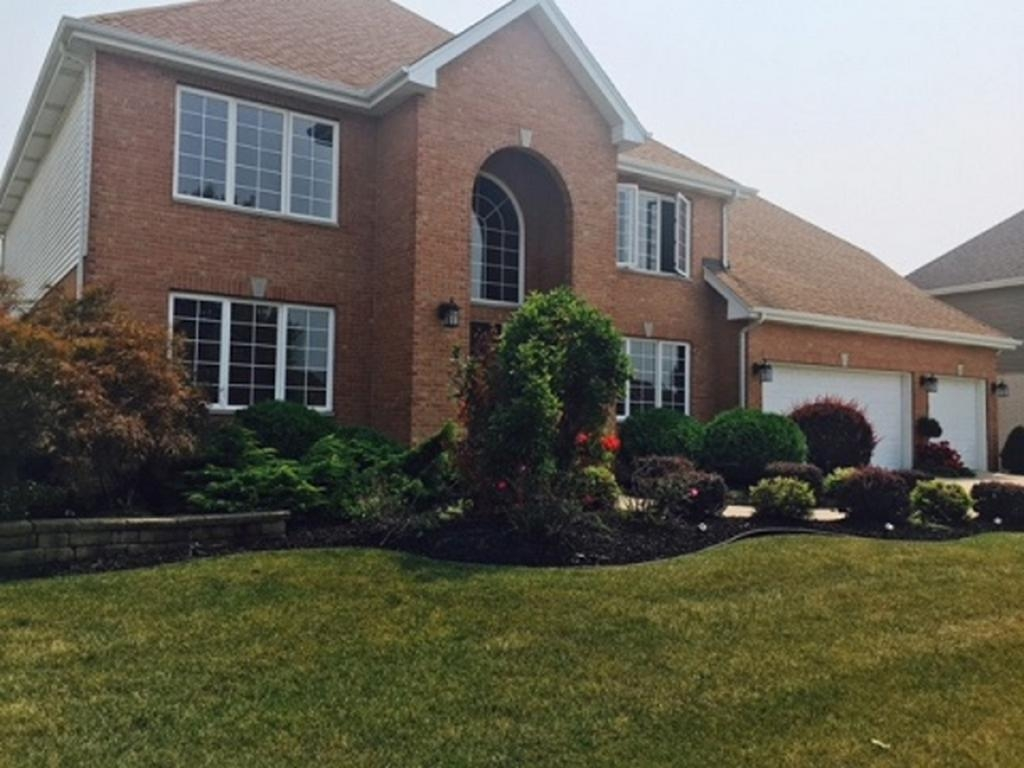 17011 Waterford DriveLansing, Illinois 60438