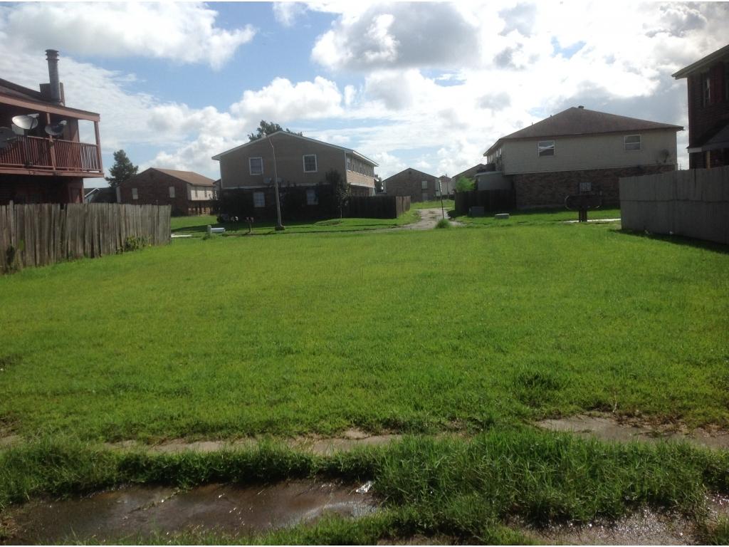 4140 Lac BienvilleHarvey, Louisiana 70059