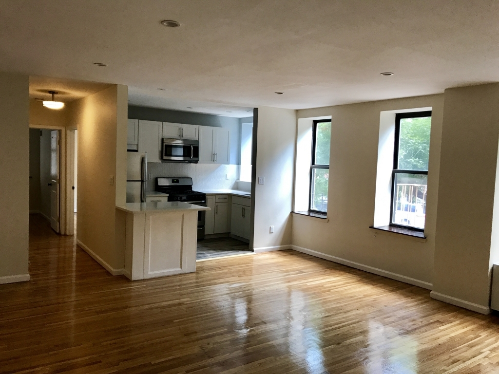 571 Academy St.New York, New York 10034