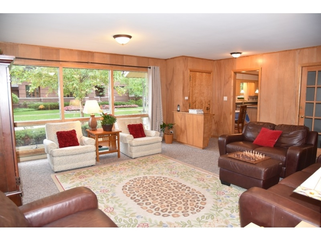1001 Franklin AveRiver Forest, Illinois 60305