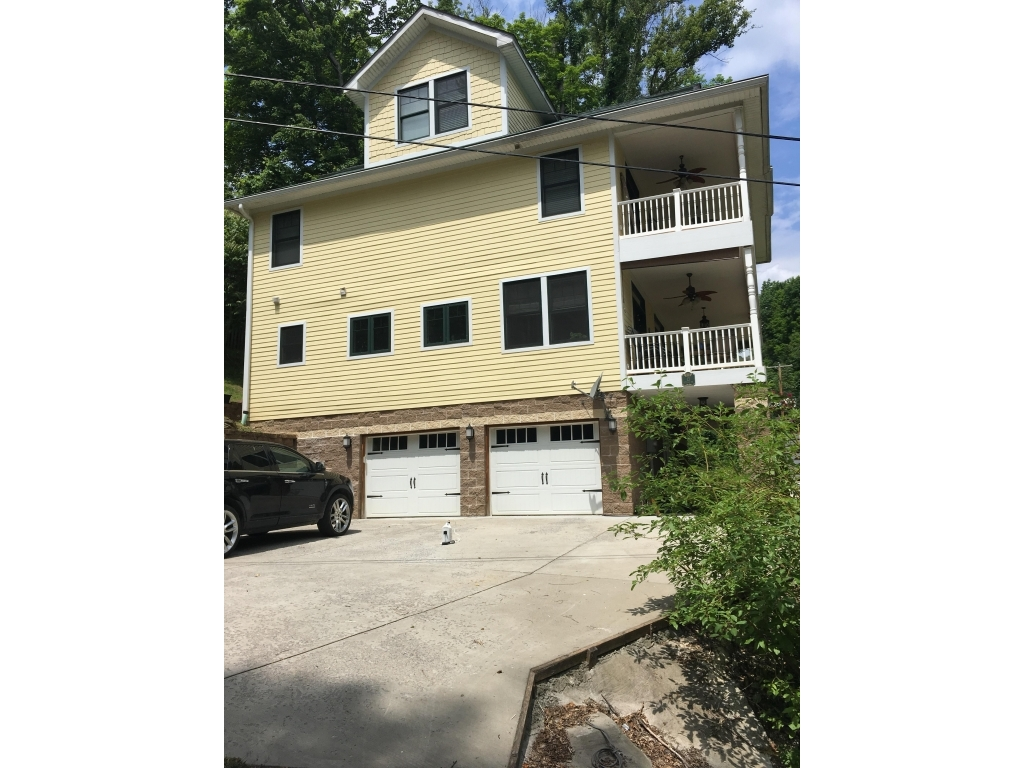 13 Delrose  DrMorgantown, West Virginia 26508