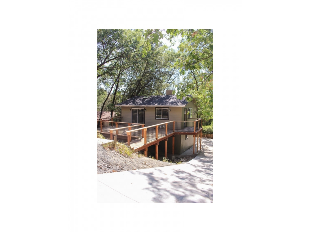 21936 Feather River  DrSonora, California 95370