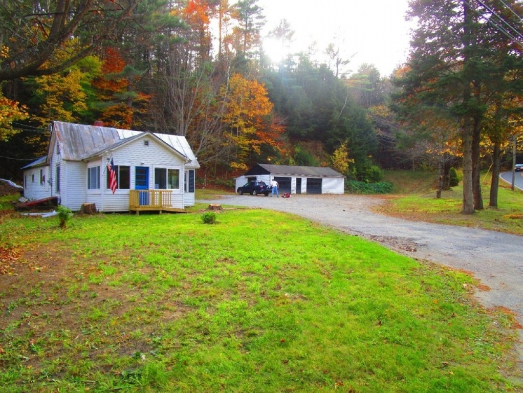 White river junction vermont vt fsbo homes for sale for Home builders in vermont