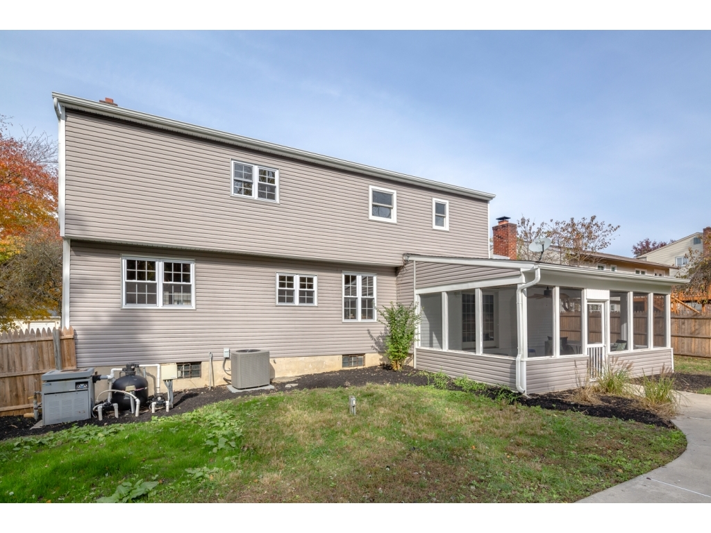 14 Bently DriveSewell, New Jersey 08080