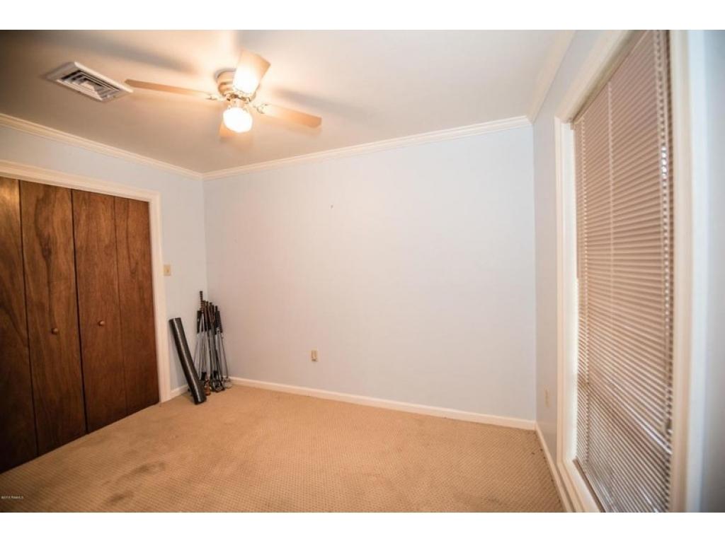 1044 Sand Trap RdVille Platte, Louisiana 70586
