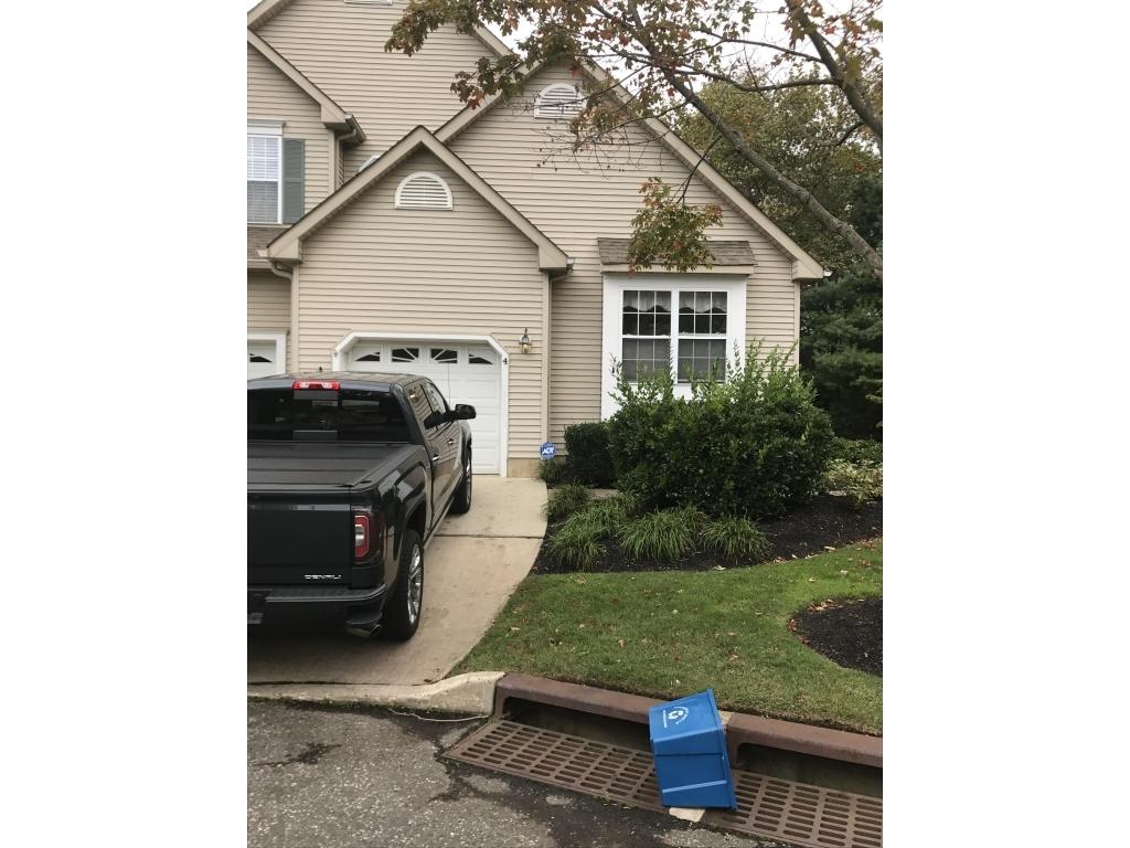 4 Courtyard LaneBrielle, New Jersey 08730