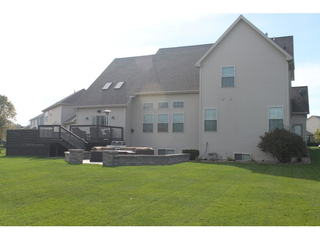 2207 Fifer  DrBloomington, Illinois 61704