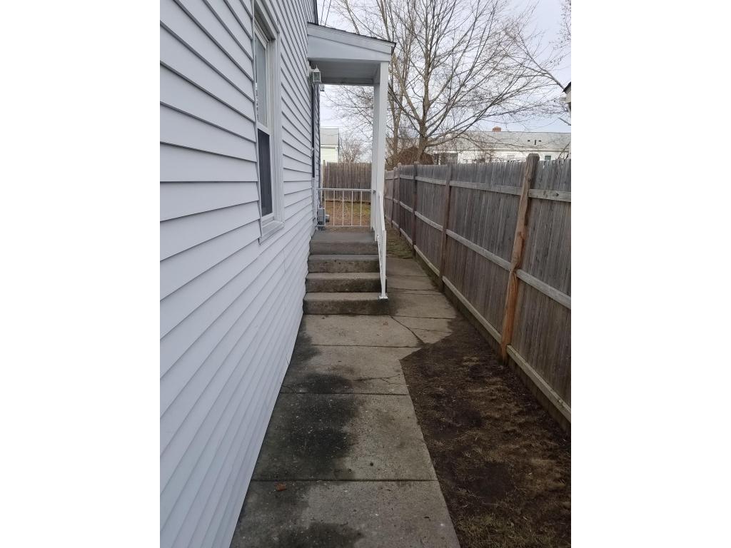 38 Baldino DrCranston, Rhode Island 02920