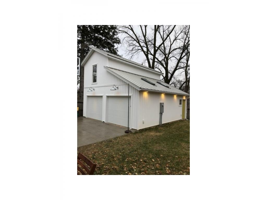 1465 Grand AveIowa City, Iowa 52246