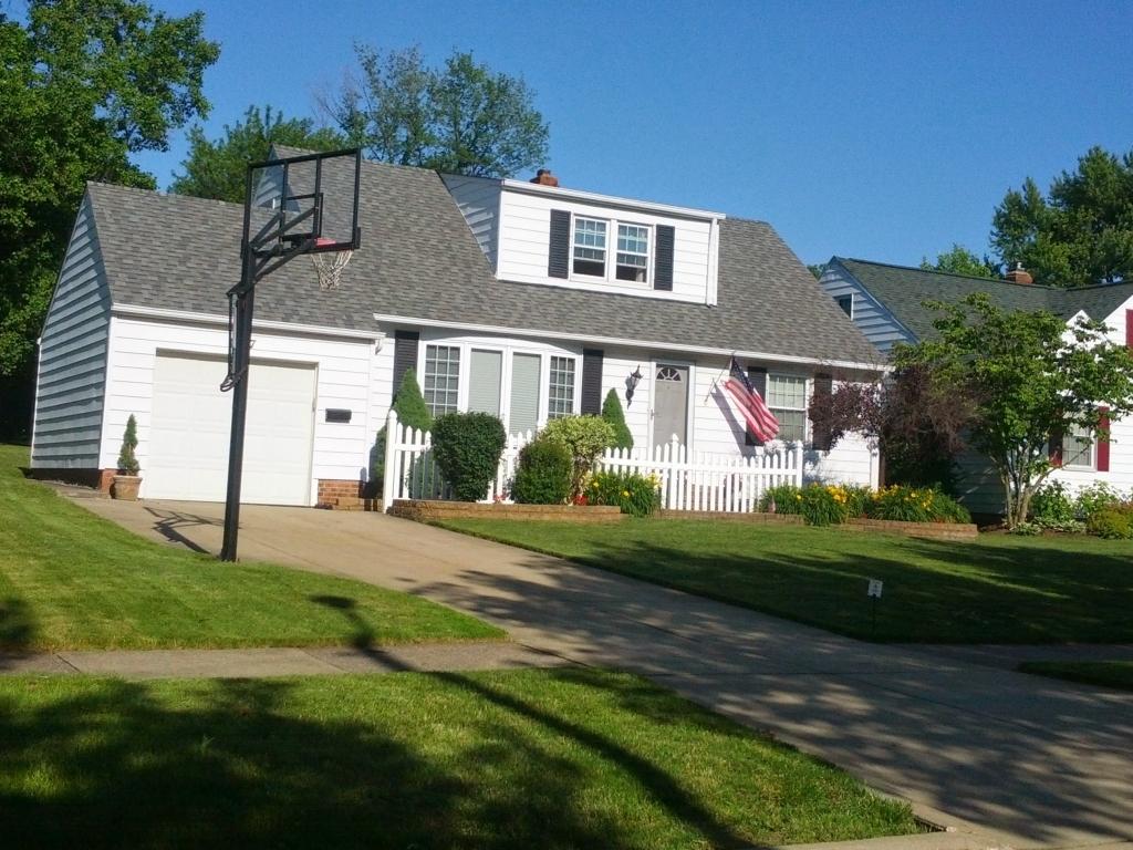 1347 Beaconfield RdCleveland, Ohio 44124