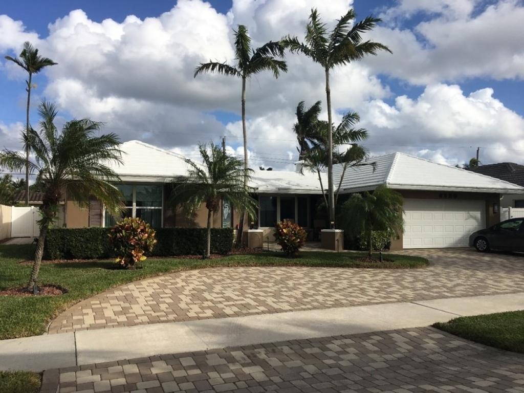 6520 NE 21st TerFort Lauderdale, Florida 33308