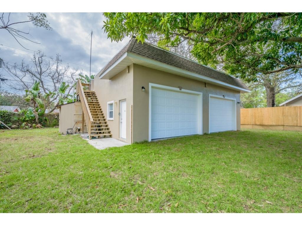 3208 48th Ave  Dr WBradenton, Florida 34207
