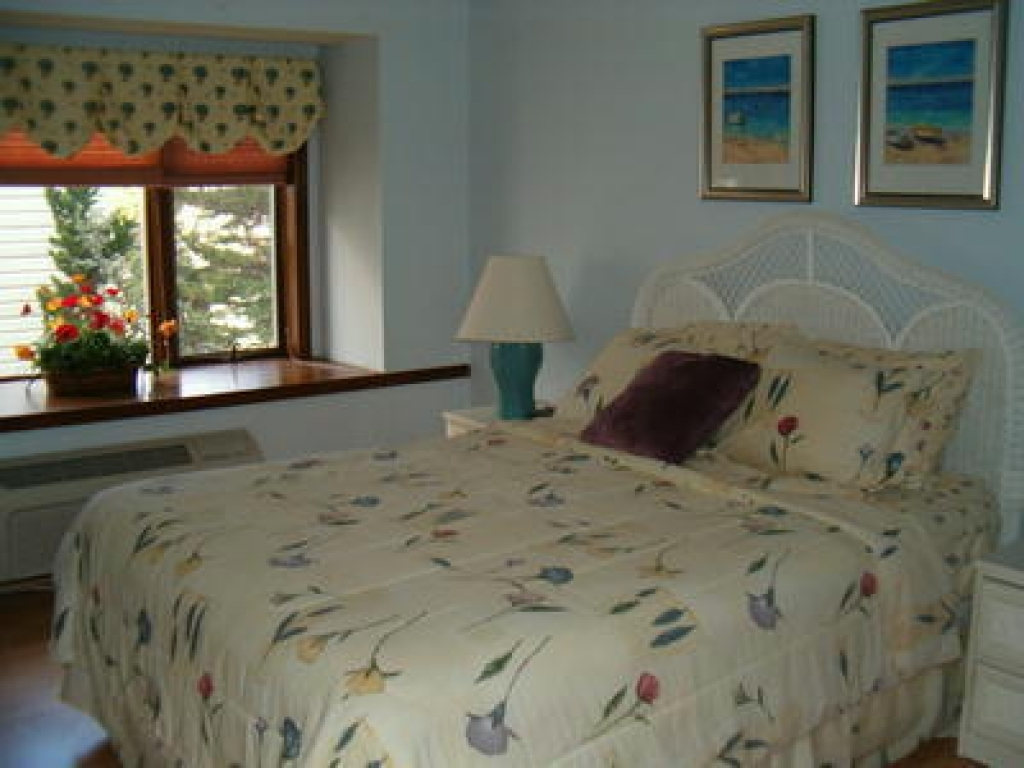 10009 Sunset Dr Unit 2Stone Harbor, New Jersey 08247