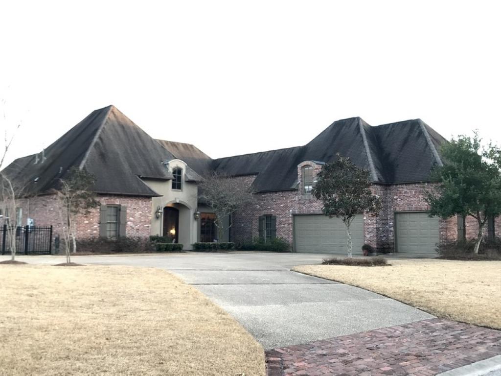 2928 Laurel Plantation  AveBaton Rouge, Louisiana 70820