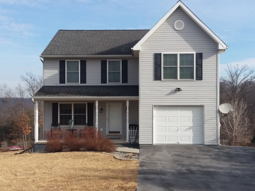 Falling waters west virginia wv fsbo homes for sale for Home builders in west virginia