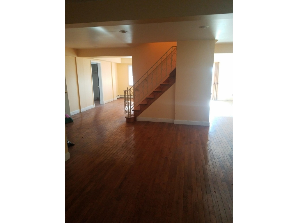 18 Cedarcliff RoadStaten Island, New York 10301