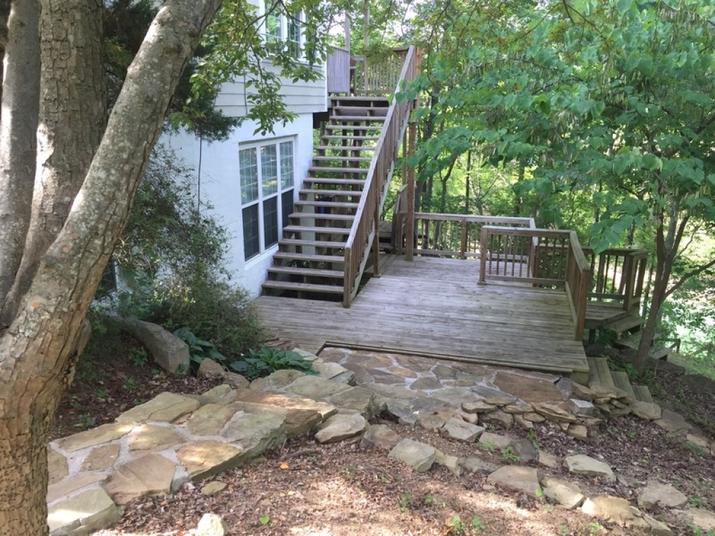 411 Sinker LnDandridge, Tennessee 37725