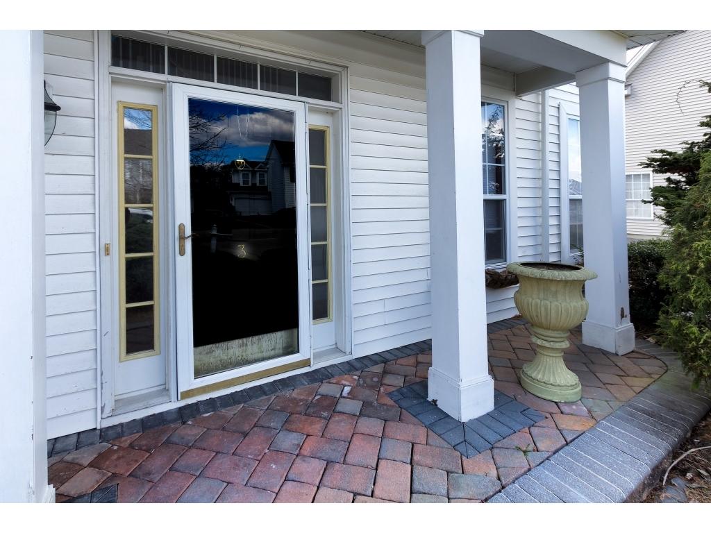 3 Westlake CtMorganville, New Jersey 07751