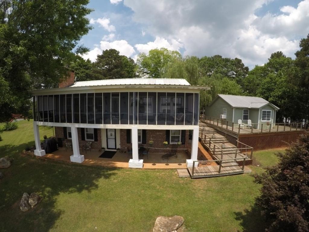 210 Paradise PointTalladega, Alabama 35160